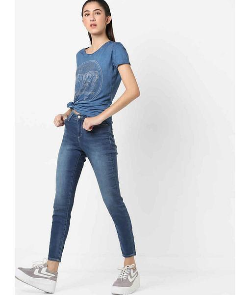 Women's skinny fit medium wash Star motion jeans