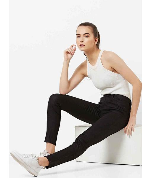Women's Skinny Fit textured Sumatra Jeans