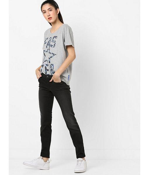 Women's medium wash mid rise Sheyla RS jeans
