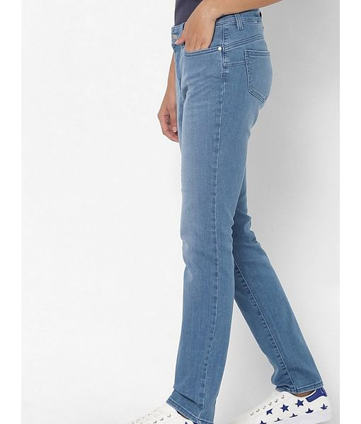 Women's Britty up mid rise medium wash slim fit jeans