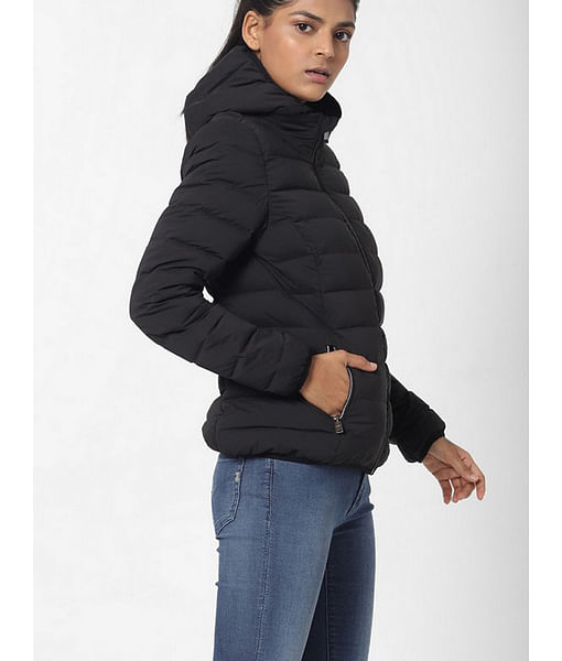 Women's slim fit full sleeves hooded Leonardo jacket