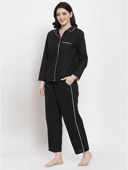 Secret Wish Women's Black Cotton Solid Nightsuit