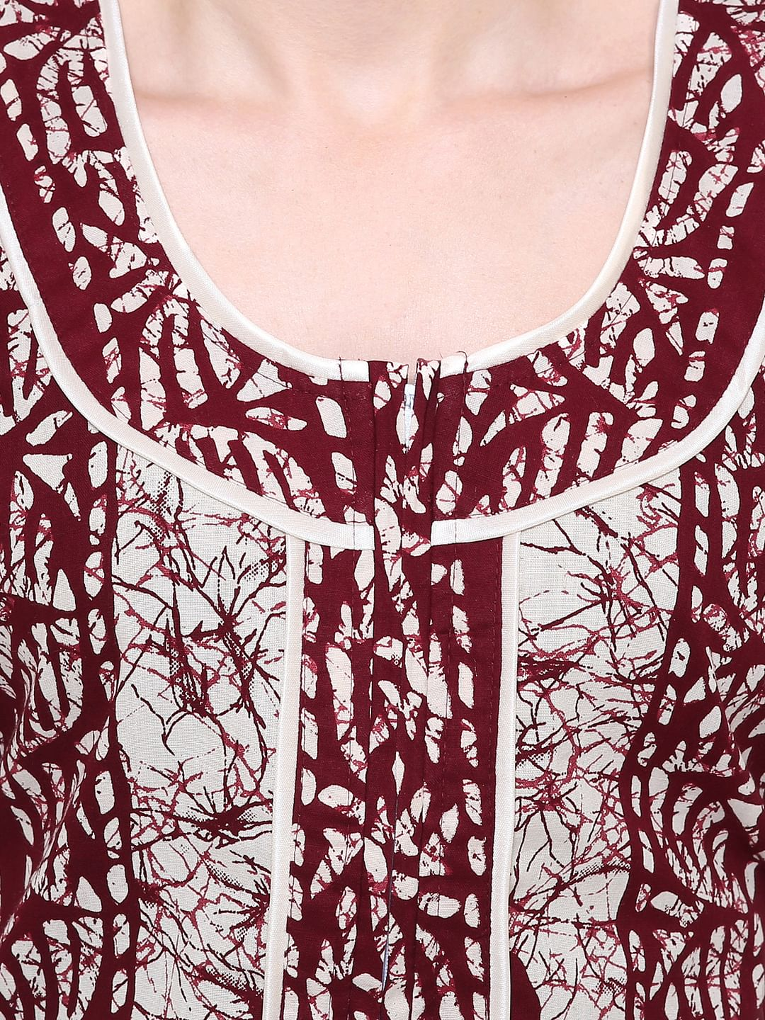 Secret Wish Women's Maroon-Off-White Cotton Printed Nightdress